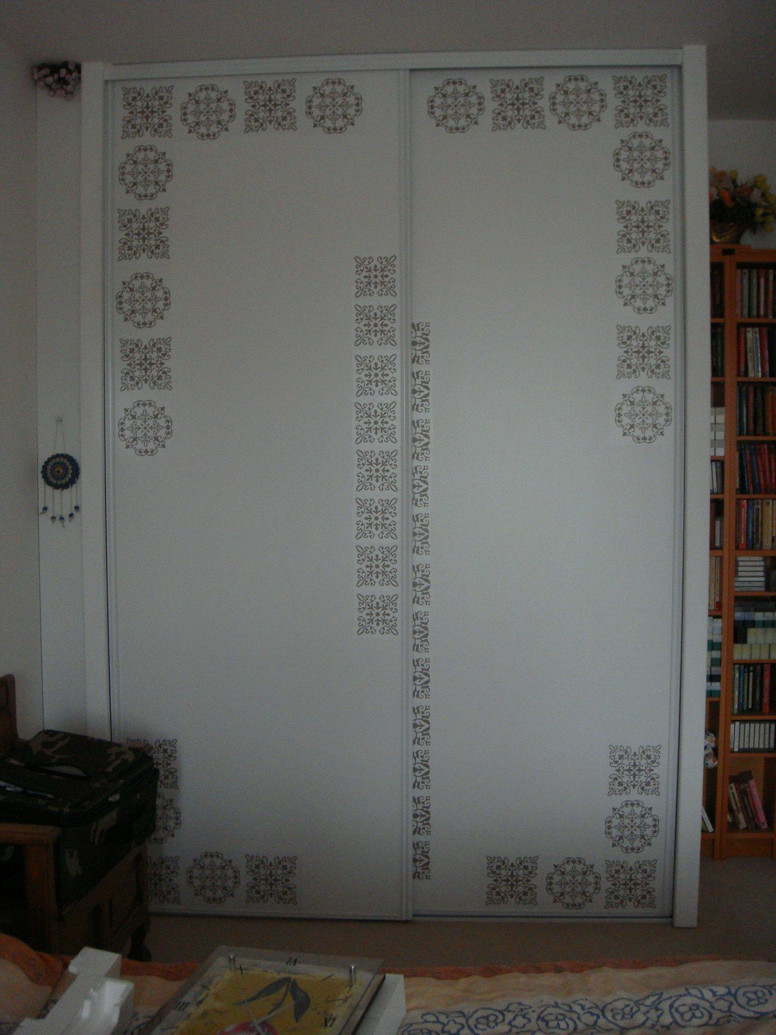 Deux portes de placard coulissantes pvc blanches 100 euros at mon vide grenier for Placard exterieur pvc
